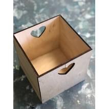 Ящик квадратный с сердечком, 180х180х180 мм - Подносы и ящики